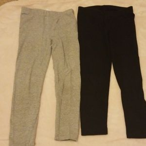 Girl's Leggings Gray and Black size 4 - 5 two pair